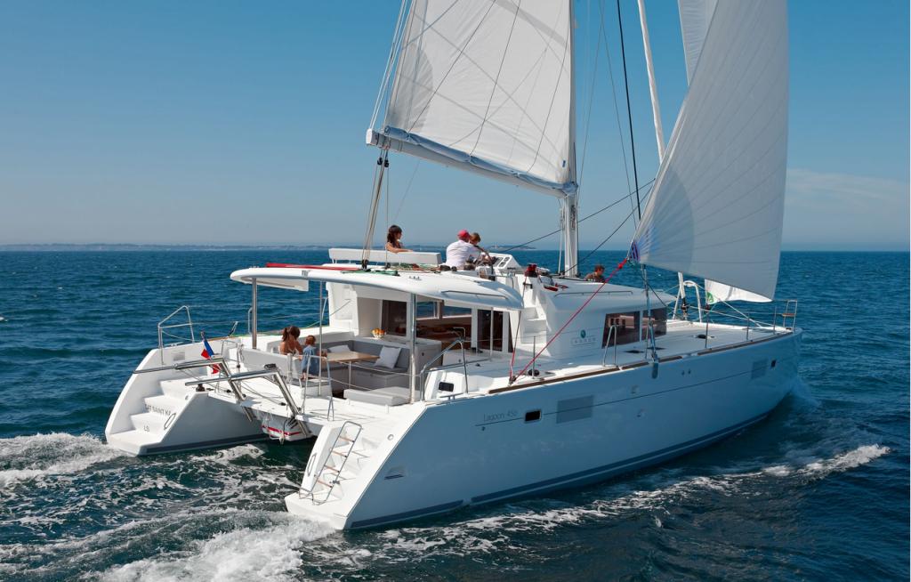 Lagoon 45 Sailing